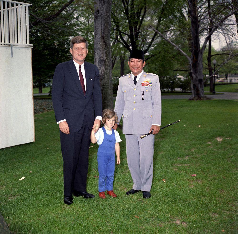 Ketika Sukarno dan Kennedy Berdebat