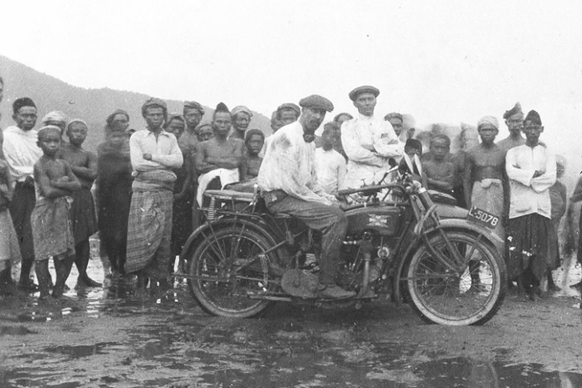 Klub Motor Zaman Hindia Belanda