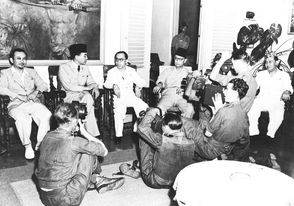 Sukarno: Wartawan Pekerjaan Gawat
