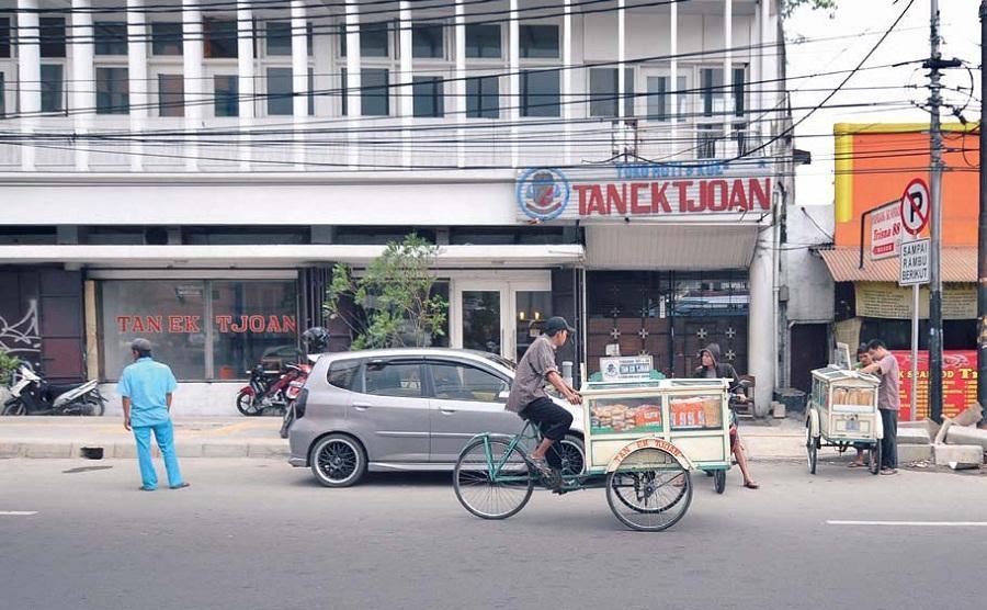 Tan Ek Tjoan, Kisah Sejarah dalam Sepotong Roti