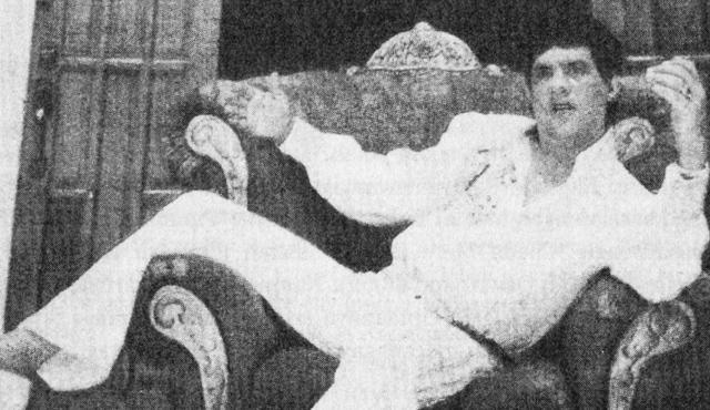 Elvis Menyanyi Dangdut