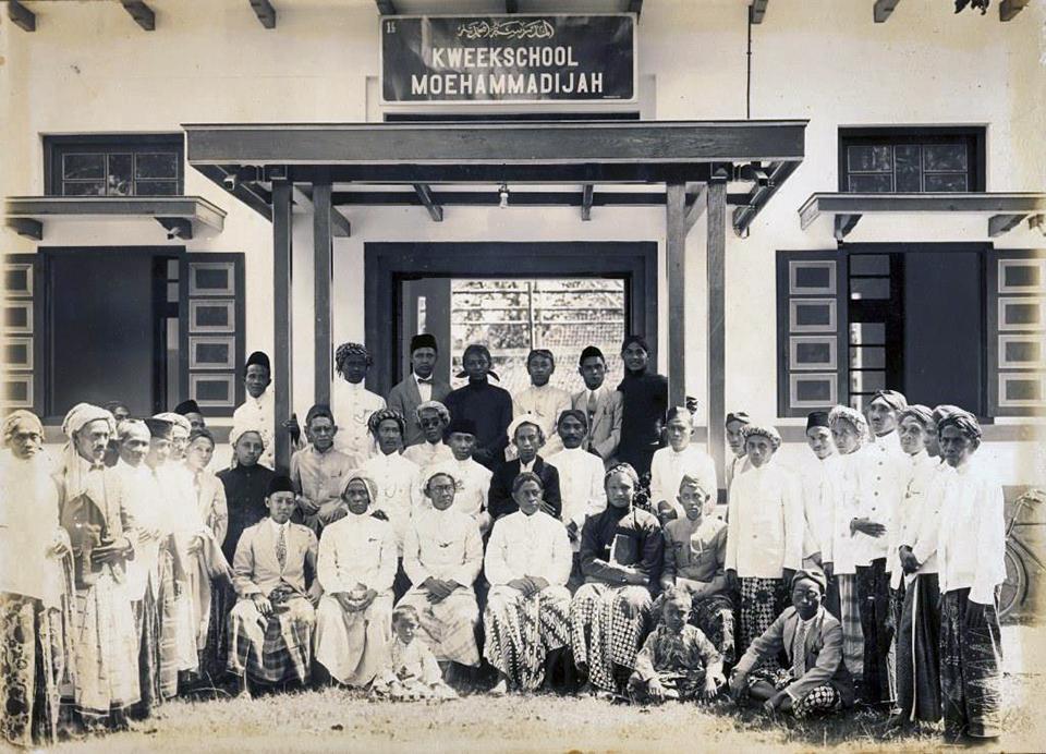 Kisah Persahabatan Haji Rasul dengan Kyai Ahmad Dahlan