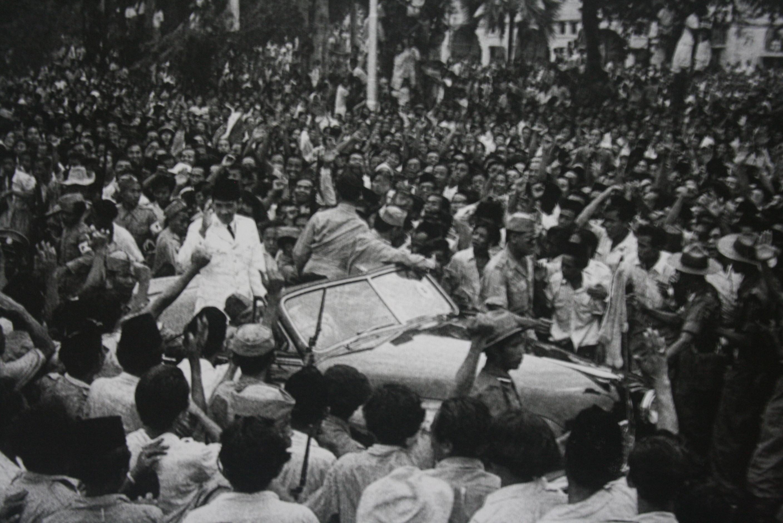 Presiden Sukarno Kembali dari Pengasingan