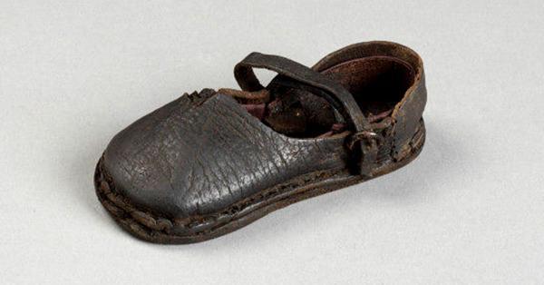 Model Sepatu 1.500 Masehi, sumber : historia.id