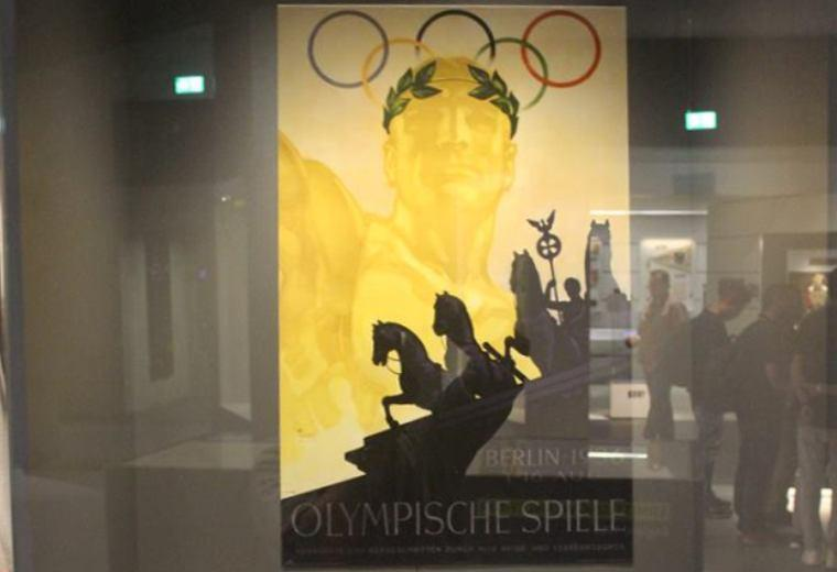 Etalase Nazi di Olimpiade