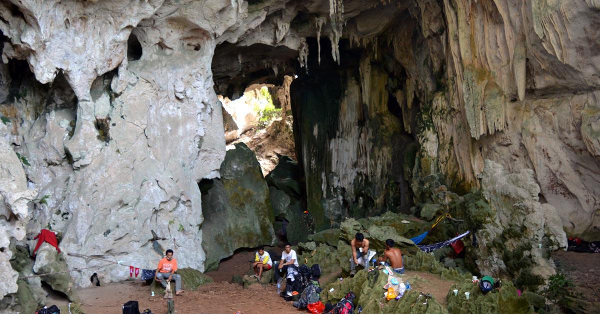 Lukisan Gua Tertua di Kalimantan Timur Terbaik di Dunia