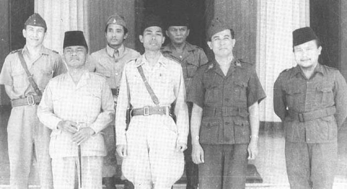 Panglima Tentara Dipilih Lewat Rapat Koboy-Koboyan