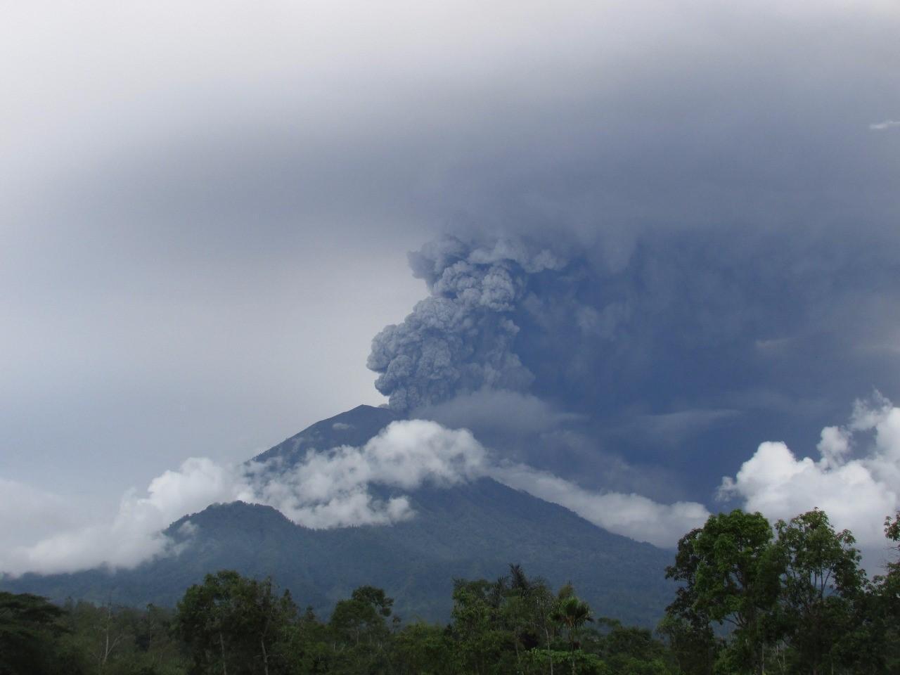 Letusan Gunung Agung dan Pariwisata Bali