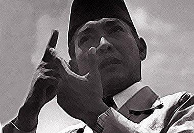 Sukarno yang (Di)Kalah(kan) Total