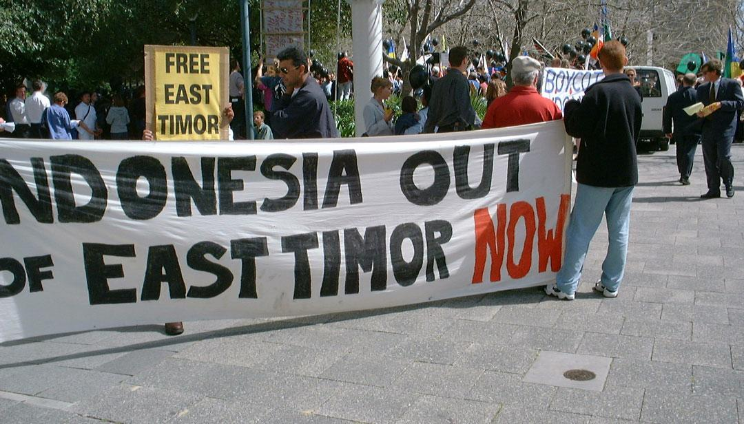 Timor Timur Membangun Solidaritas Internasional